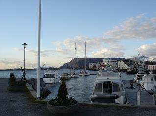 Brønnøysund , langs de steiger
